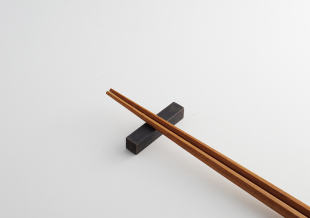 【忘れられがちな重要アイテム】箸置き、カトラリーレストのご紹介1/ステンレス